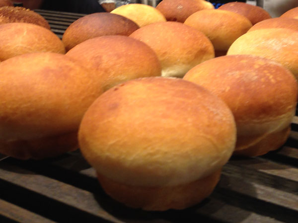 SAWAMURAクリームパン01